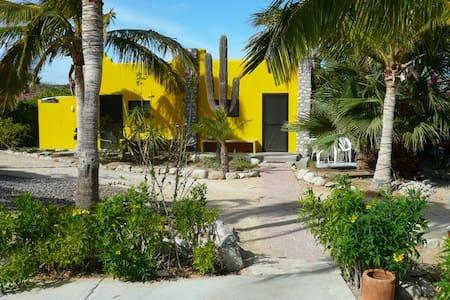 Beachfront LaVentana-El Teso AC yel - El Sargento - Villa