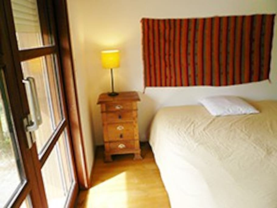 Chambre spacieuse chez l 39 habitant 31200 toulouse houses for Chambre chez l habitant toulouse