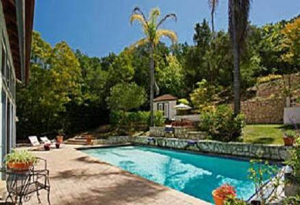 Montecito Poolside Suite-POOL