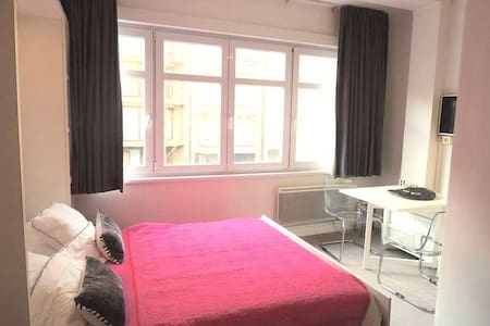 Renovated studio nearby the seaside - Knokke-Heist - アパート