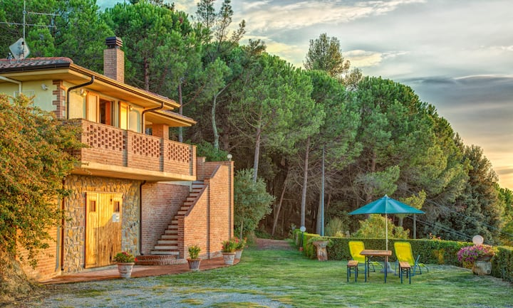 Casa 3 appartamenti & piscina condivisa 2 cottages