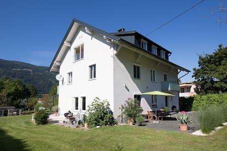 100m² große, helle Wohnung am See - Ossiach - Kondominium