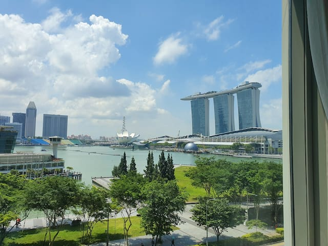❤180º Marina Bay View 1B1B Suite Downtown MRT 金莎景!