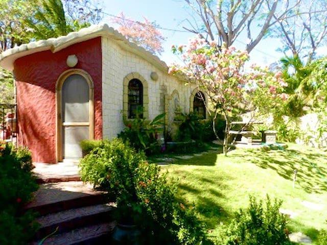 Casa Diosa Private Jungle Home