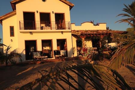 """Casa Suenos """"A SLICE of PARADISE"""" - El Sargento - Ev"""
