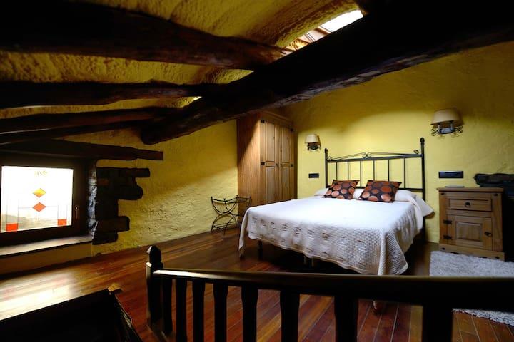 Fantástica casa con 3 dormitorios - Ski&Calm.