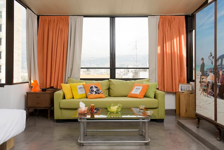 Bright rooftop studio with terrace - Beirut - Apartamento