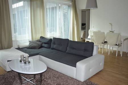 3 Room Apartment@Alexanderplatz! - Berlin - Lejlighed