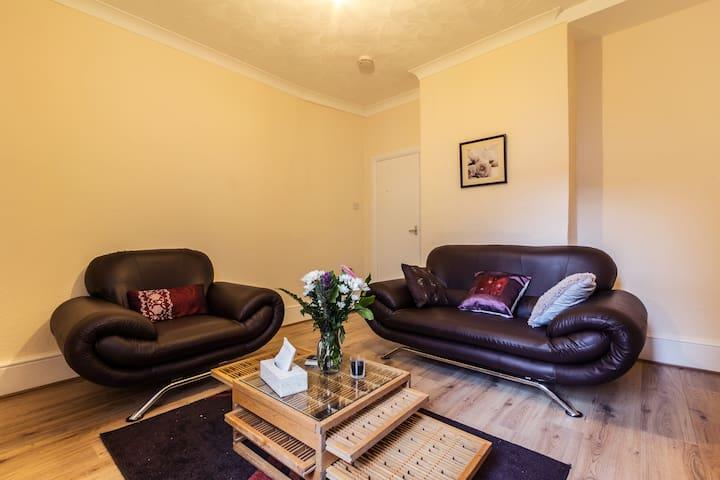 Hotel Tawanda - Cozy Medway Professionals Hideway - Gillingham - Apartament