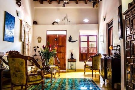 Casa Celta an elegant B&B - Santa Marta - Bed & Breakfast
