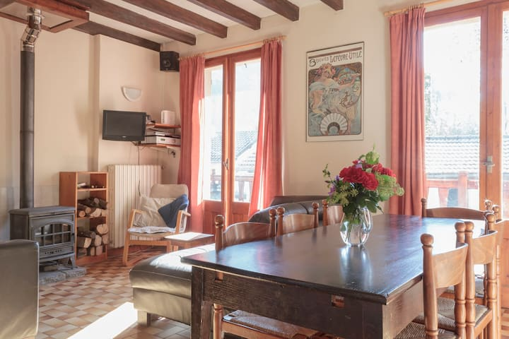 Base Calames- 2 rooms (3/4+ pers) - Bédeilhac-et-Aynat - Bed & Breakfast