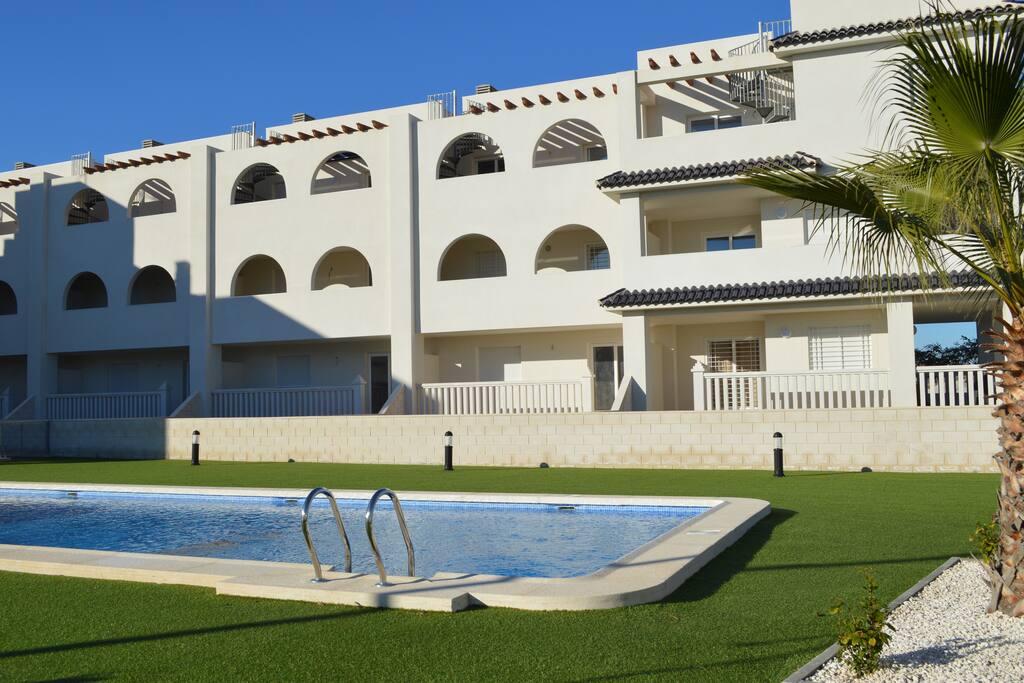 Cabo palmeras ii appartements louer pueblo latino - La contemporaine residence de plage las palmeras ...