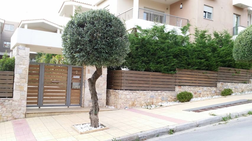 Luxury house in Ano Melissia Athens - Melissia - House