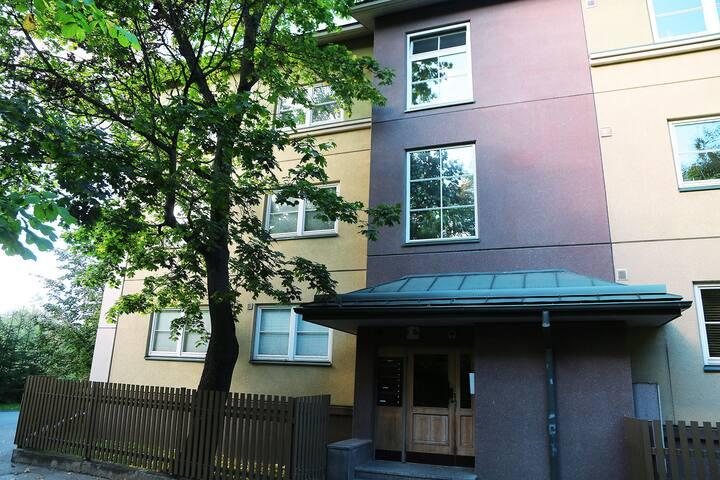 luxury apartment in kadriorg park