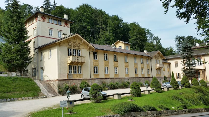 Holiday Apt. Rogers Royal Villa - Berchtesgaden - Apartment