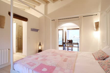 Stunning double room with terrace, views & heating - Pollença, Mallorca