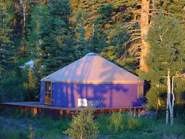 Fully Furnished Yurts - Brian Head - Yurt