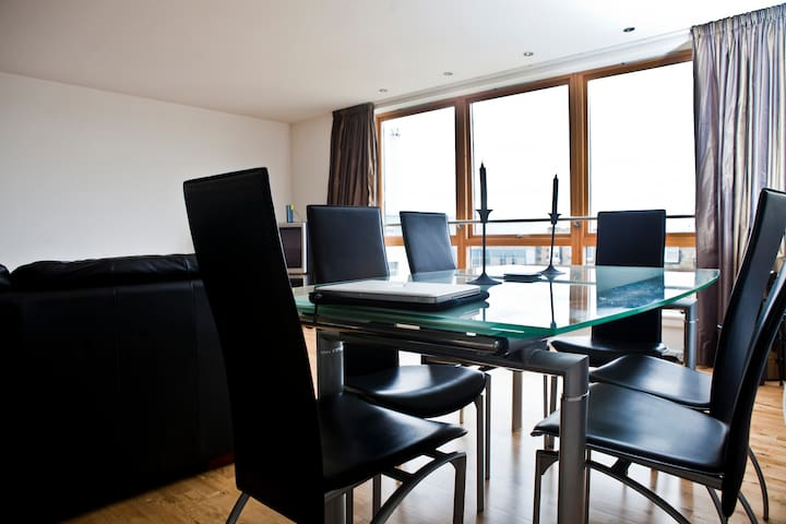 Guest-room in Central Penthouse - Edinburgh  - Bed & Breakfast
