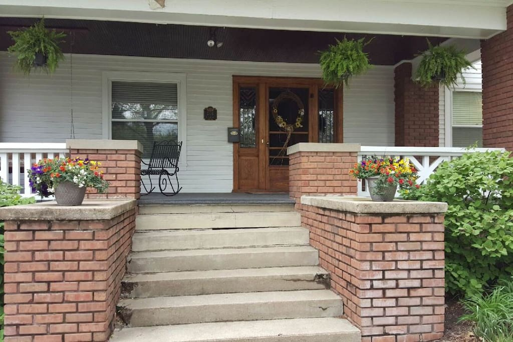 Don't worry if you're not a fan of stairs. The front porch has a side entrance with only one step.