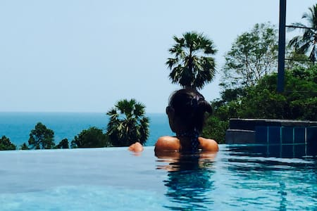 Luxury Sea View Pool Villa Philippa + Free car - เกาะสมุย - วิลล่า
