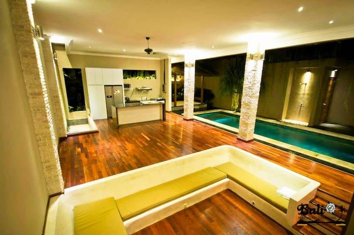 Private, quiet 2BR villa Seminyak - Kuta - House