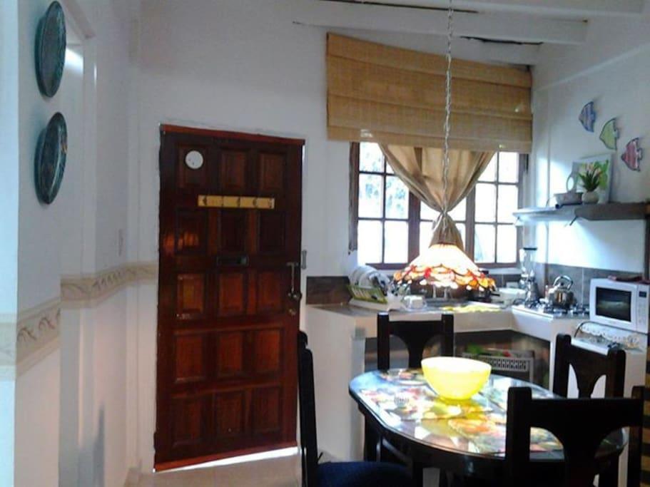 Cocina Comedor Privado . private kitchen, dining room