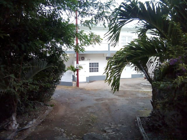 Private Apartment in Gated Property - Lambeau Western Tobago - Flat