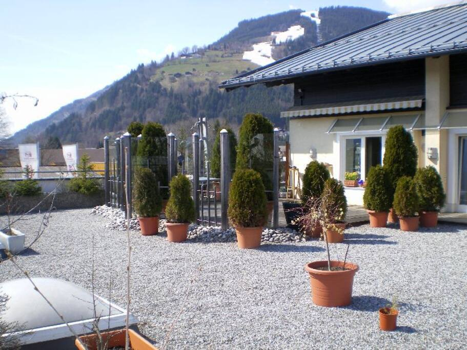 Apartment kitzblick appartementen te huur in zell am see for Living room zell am see
