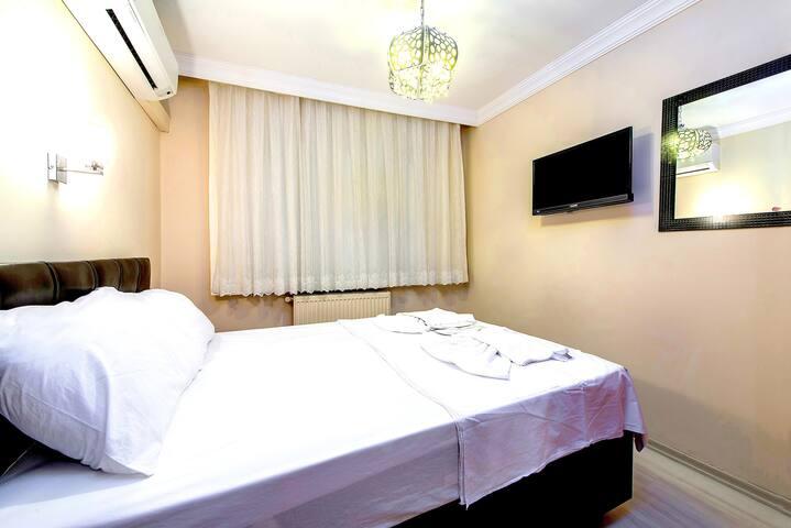 Ground Floor Two Bedroom for 4 pax  in Sultanahmet