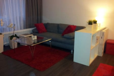 Wohnung an der Messe Laatzen WiFi - Laatzen