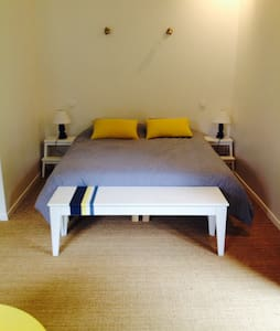 Chambre étage  3 pers avec balcon - Azur - Bed & Breakfast