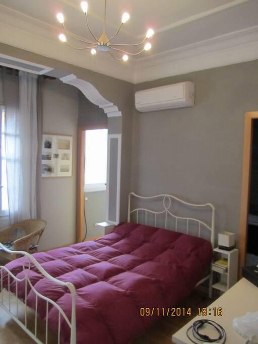 habitacion doble con baño en suite