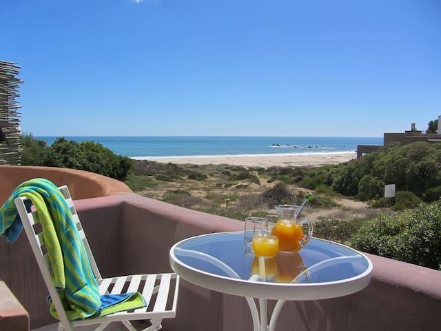 Absolute Beach B&B - TOP KING ROOM - Saint Helena Bay - Talo
