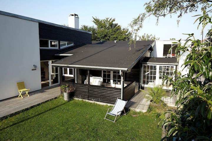 Strandvilla , 10 min fra Århus - Risskov - Villa