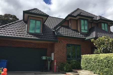 master bedroom for 2, with ensuite - Manningham