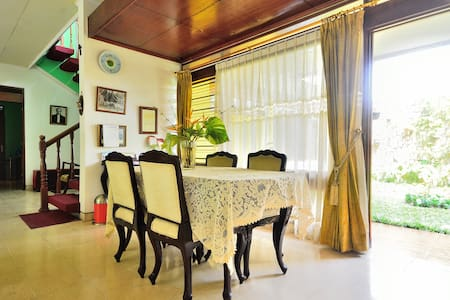 Situmeang Guest House - Jakarta Capital Region