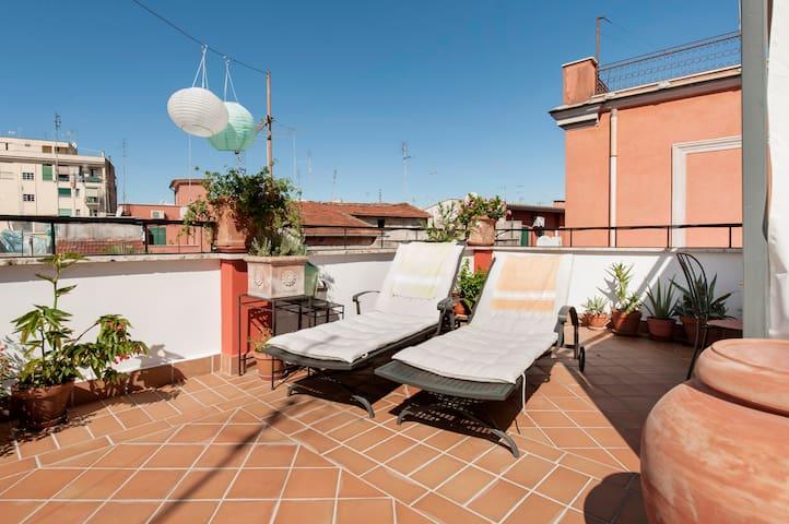 PignetoRhome: Casetta Allegra - Roma - Apartment