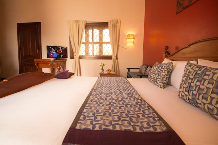 3Suites| Queen bed, ROOFTOP LOUNGE! - Krong Siem Reap - Apartment