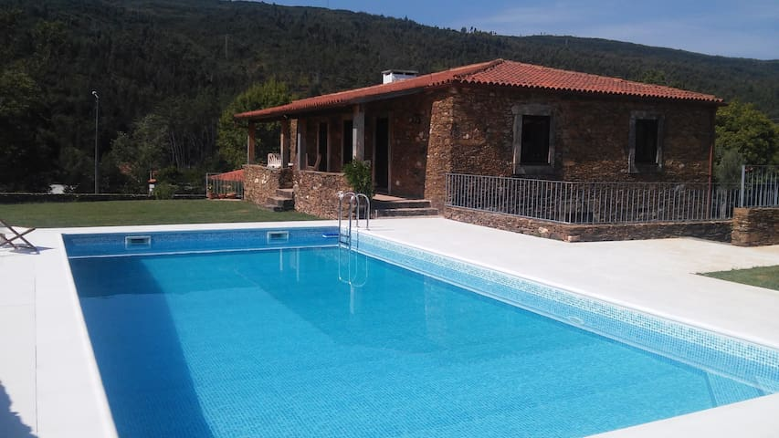 Renovated farmhouse with pool in Minho - Amonde - Talo