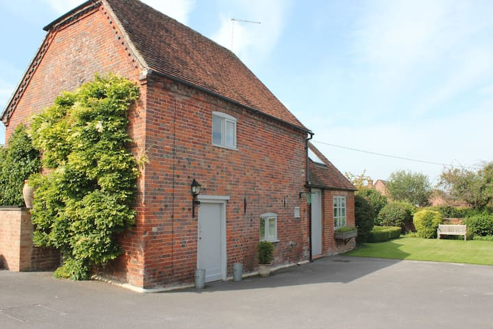 The Granary Cottage - Letcombe Bassett - Casa