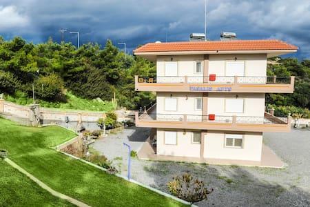 Pasalis Family Apartments - Kiotari - Daire
