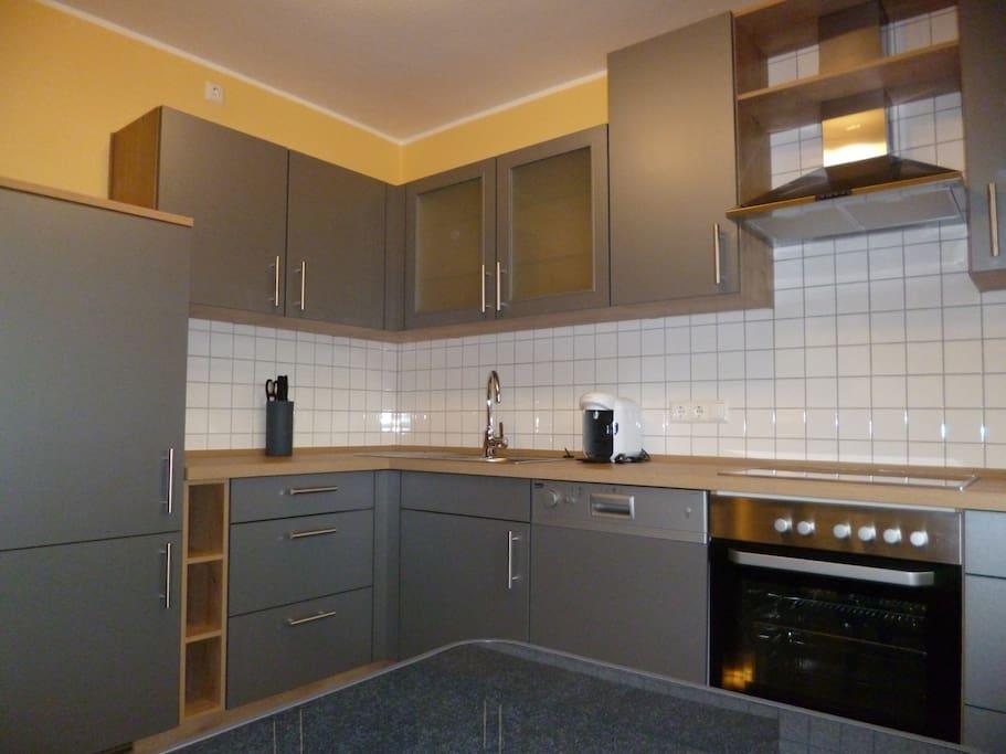 modernes wohnliches kleines haus h user zur miete in duisburg nordrhein westfalen deutschland. Black Bedroom Furniture Sets. Home Design Ideas