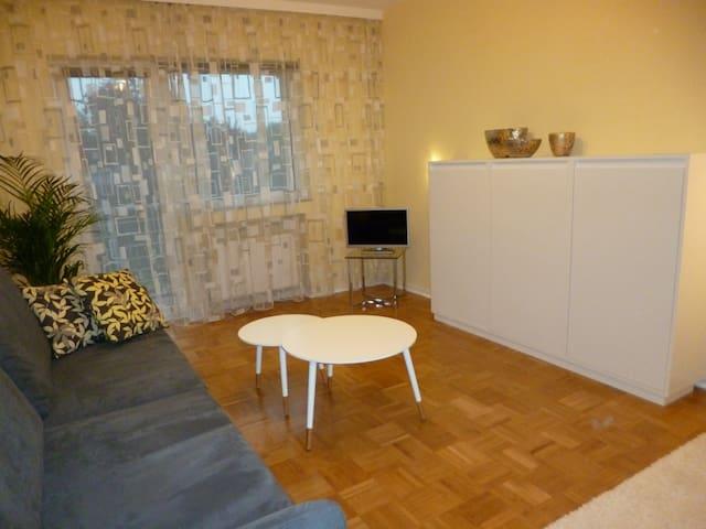 Modernes, wohnliches kleines Haus - Duisburg - Dům