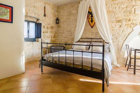 La Torre Storica- Maison de charme - Palo del Colle
