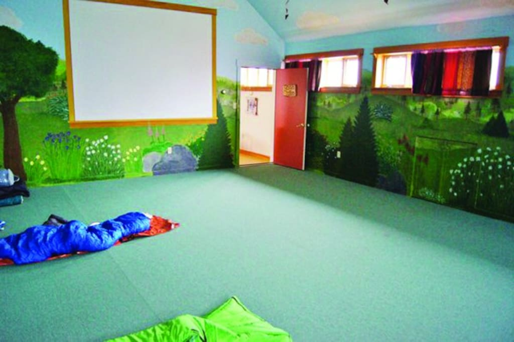 Shared space Yoga Room - $20 pp