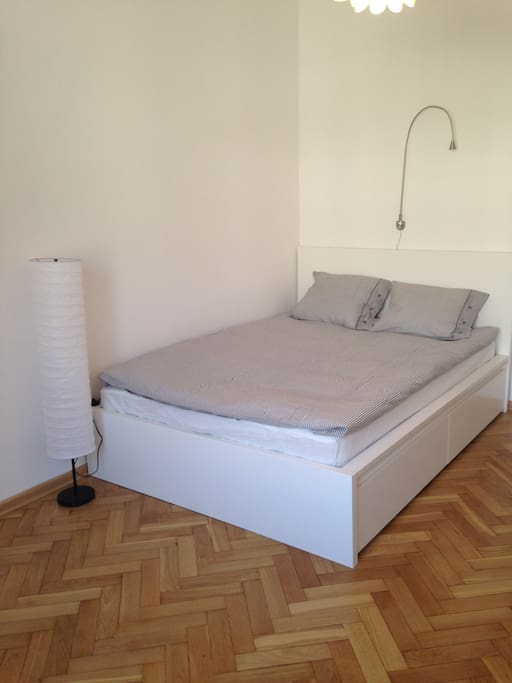 Double bed in the main room
