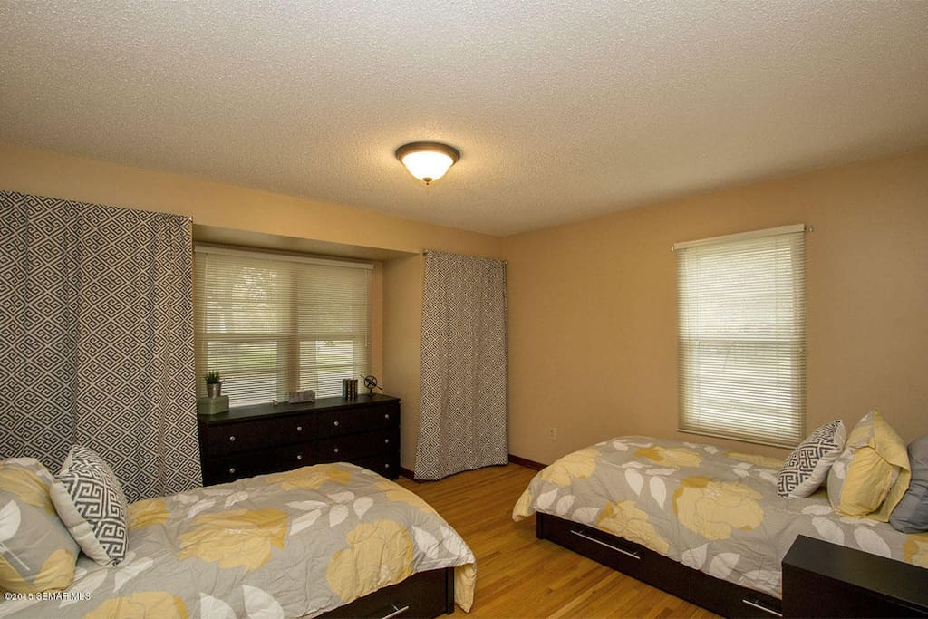 Remodeled 2br Apt Near Downtown Spacious Laundry Apartments For Rent In Rochester Minnesota