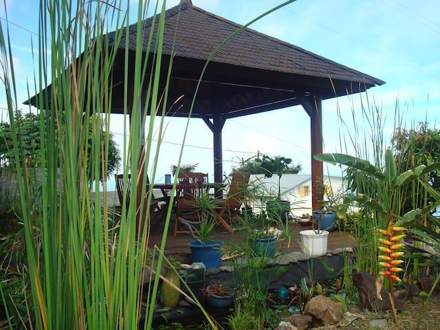 studio en RDC de maison - Saint Leu - Dom