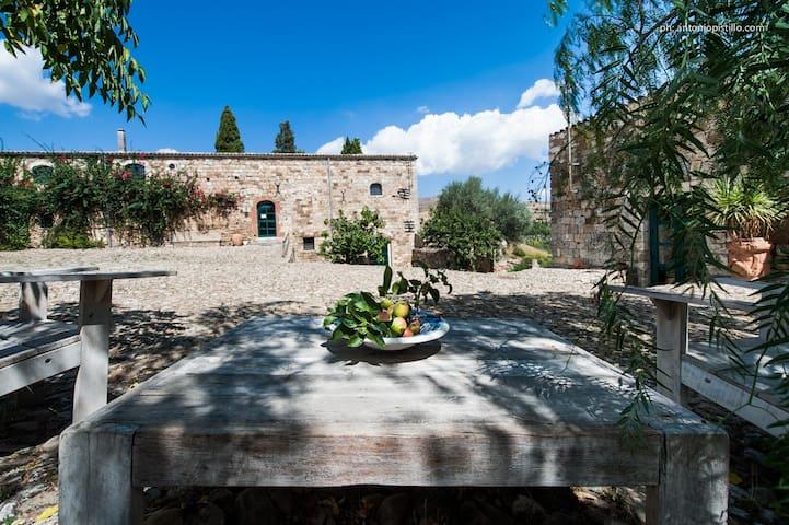 Masseria San Giovanni Sgadari - Petralia Soprana
