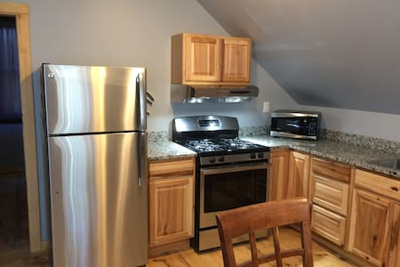 Private 1 Bedroom Vacation Rental - Warren - Apartment
